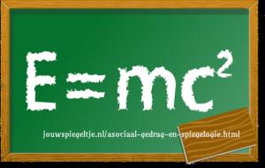 Asociaal gedrag en Spiegelogie: wat je aandacht geeft groeit... Einstein's relativiteitstheorie.