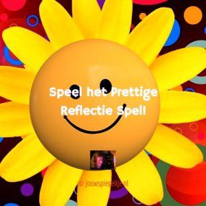 Speel het prettige reflectie spel (PR spel) en geniet: onderdeel van Spiegelogie. Op de foto een zonnebloem met een smiley in het midden